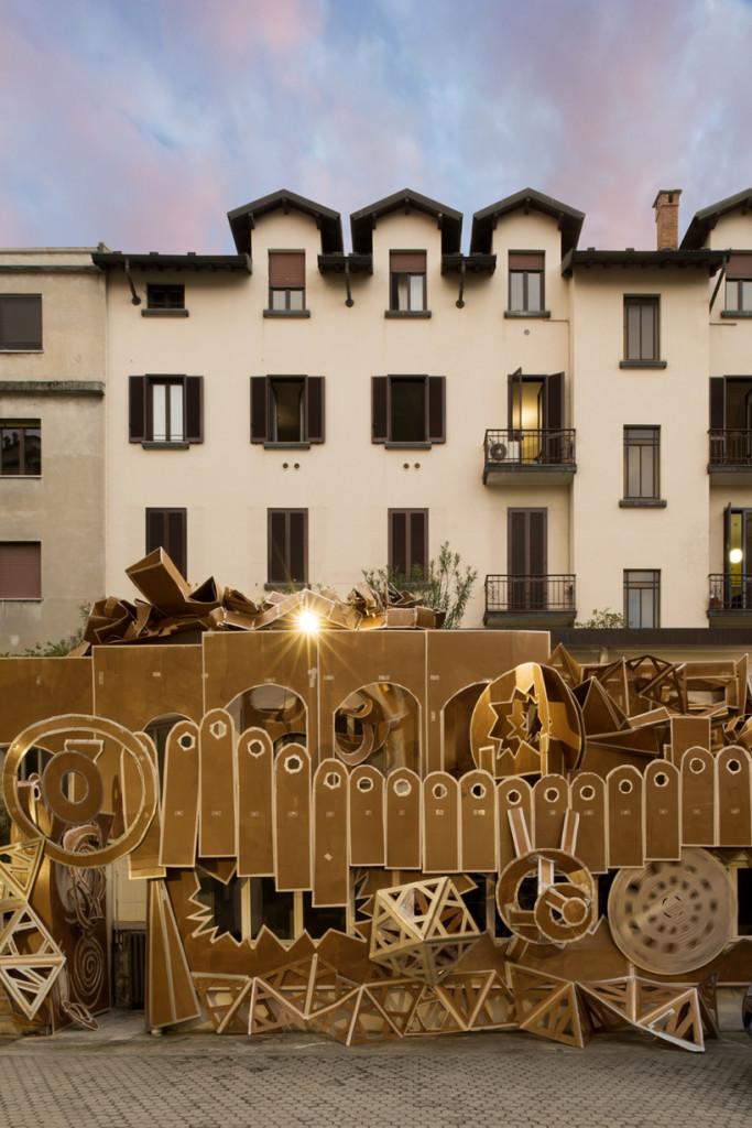 daniel-gonzalez-pop-up-building-milan-marselleria-designboom-08